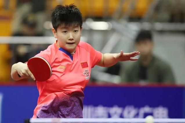 国乒女队员使用的乒乓球器材装备解密